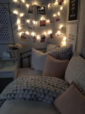 間接照明を使った寝室