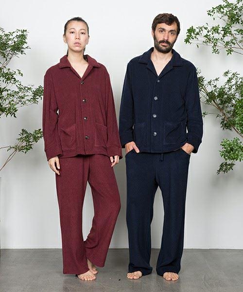 bodco(ボッコ)「パイル地パジャマ」を着用した男女の画像