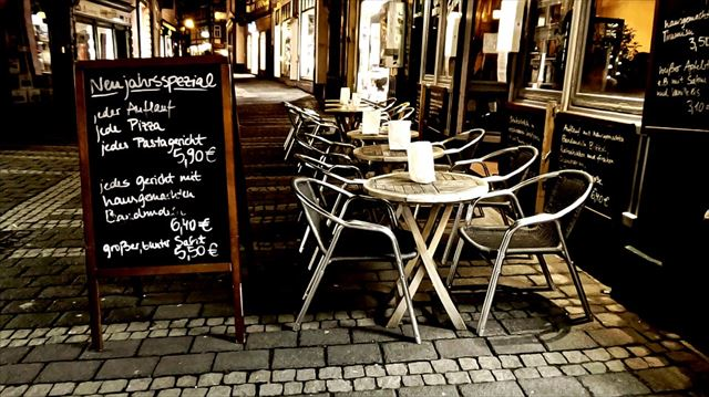 オシャレな夜カフェの画像2