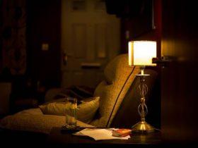 寝る前の寝室の画像1