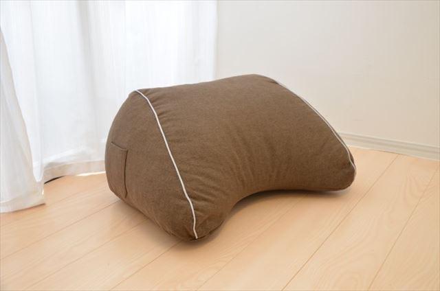 まくら株式会社が発売するスマホ枕の商品画像6